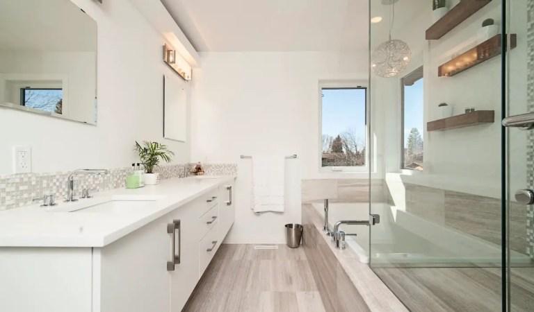 9 Amazing Bathroom Tile Trends