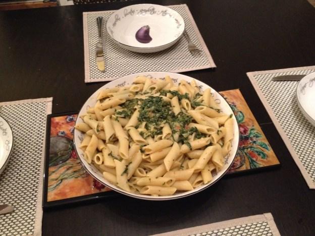Pasta serving blow
