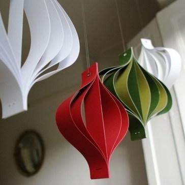 Easy DIY Office Christmas Decoration Ideas 17