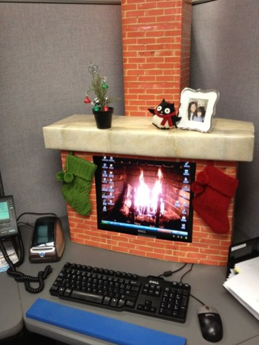 Easy DIY Office Christmas Decoration Ideas 29