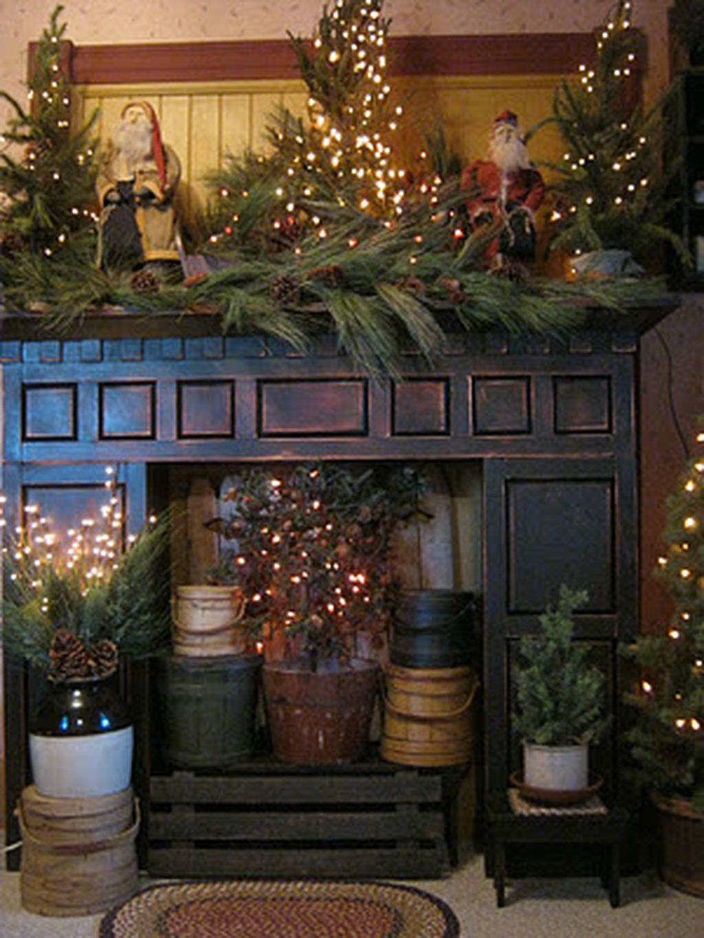 Inspiring Rustic Christmas Fireplace Ideas To Makes Your Home Warmer 13