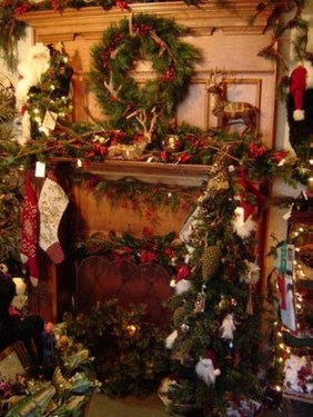 Inspiring Rustic Christmas Fireplace Ideas To Makes Your Home Warmer 37