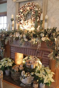 Inspiring Rustic Christmas Fireplace Ideas To Makes Your Home Warmer 43