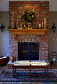 Inspiring Rustic Christmas Fireplace Ideas To Makes Your Home Warmer 62