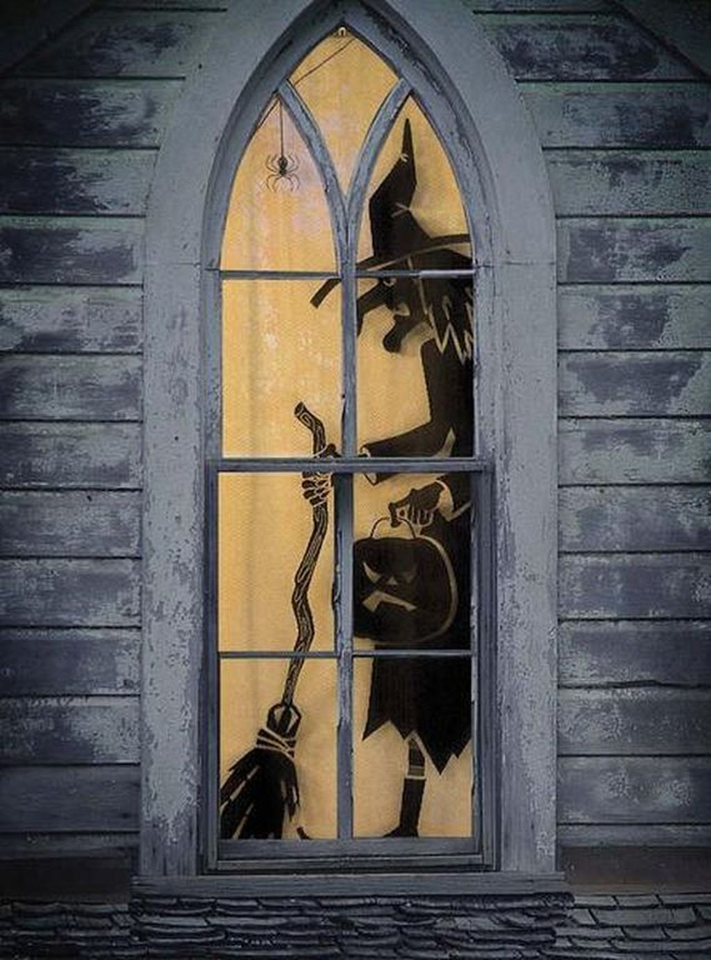 Scary But Creative DIY Halloween Window Decorations Ideas You Should Try 22