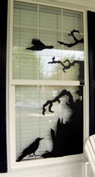 Scary But Creative DIY Halloween Window Decorations Ideas You Should Try 37