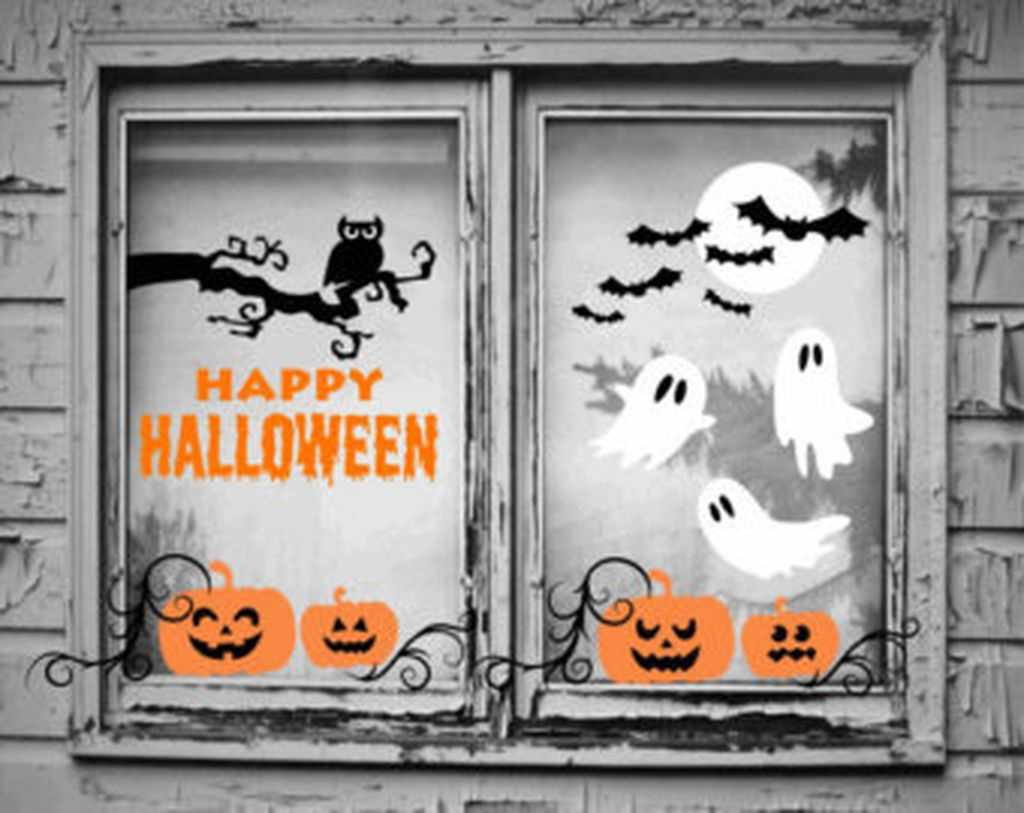 Scary But Creative DIY Halloween Window Decorations Ideas You Should Try 64