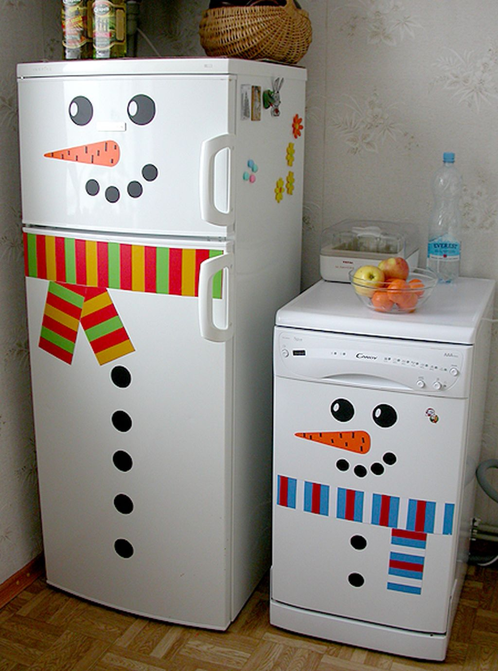 Adorable Rustic Christmas Kitchen Decoration Ideas 02