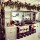 Adorable Rustic Christmas Kitchen Decoration Ideas 61