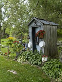 Cozy And Relaxing Country Garden Decoration Ideas You Will Totally Love 02