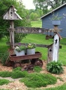 Cozy And Relaxing Country Garden Decoration Ideas You Will Totally Love 67