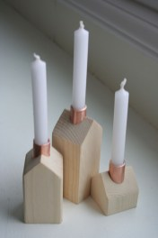 Creative DIY Christmas Candle Holders Ideas To Makes Your Room More Cheerful 17