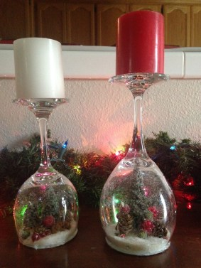 Creative DIY Christmas Candle Holders Ideas To Makes Your Room More Cheerful 20