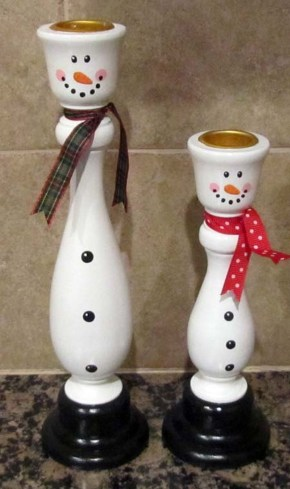 Creative DIY Christmas Candle Holders Ideas To Makes Your Room More Cheerful 66