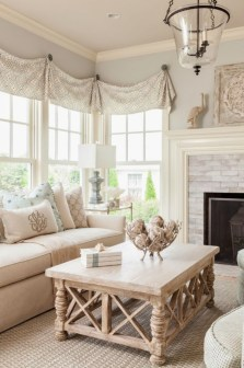 Creative DIY Shabby Chic Decoration Ideas For Your Living Room 04