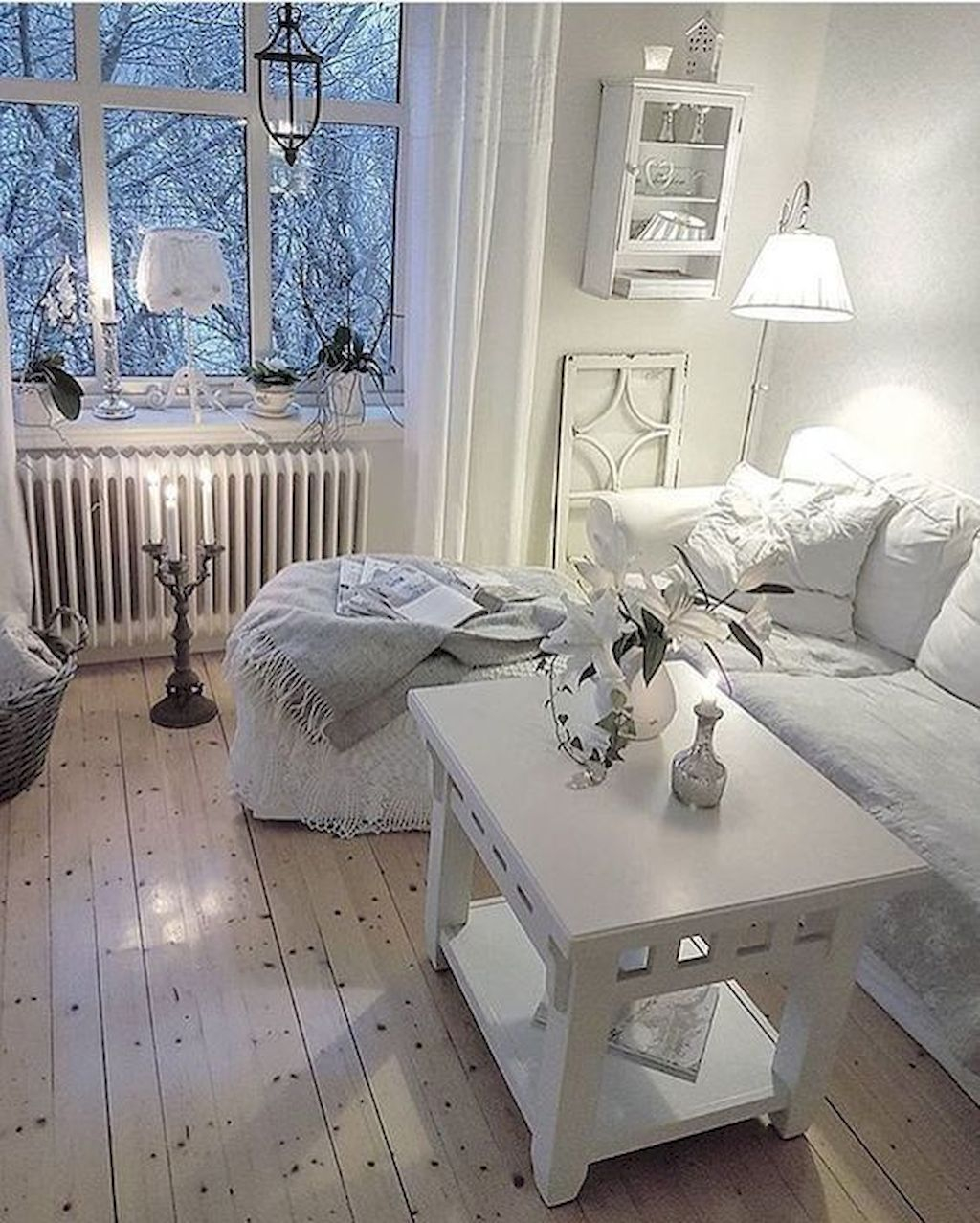 Creative DIY Shabby Chic Decoration Ideas For Your Living Room 23