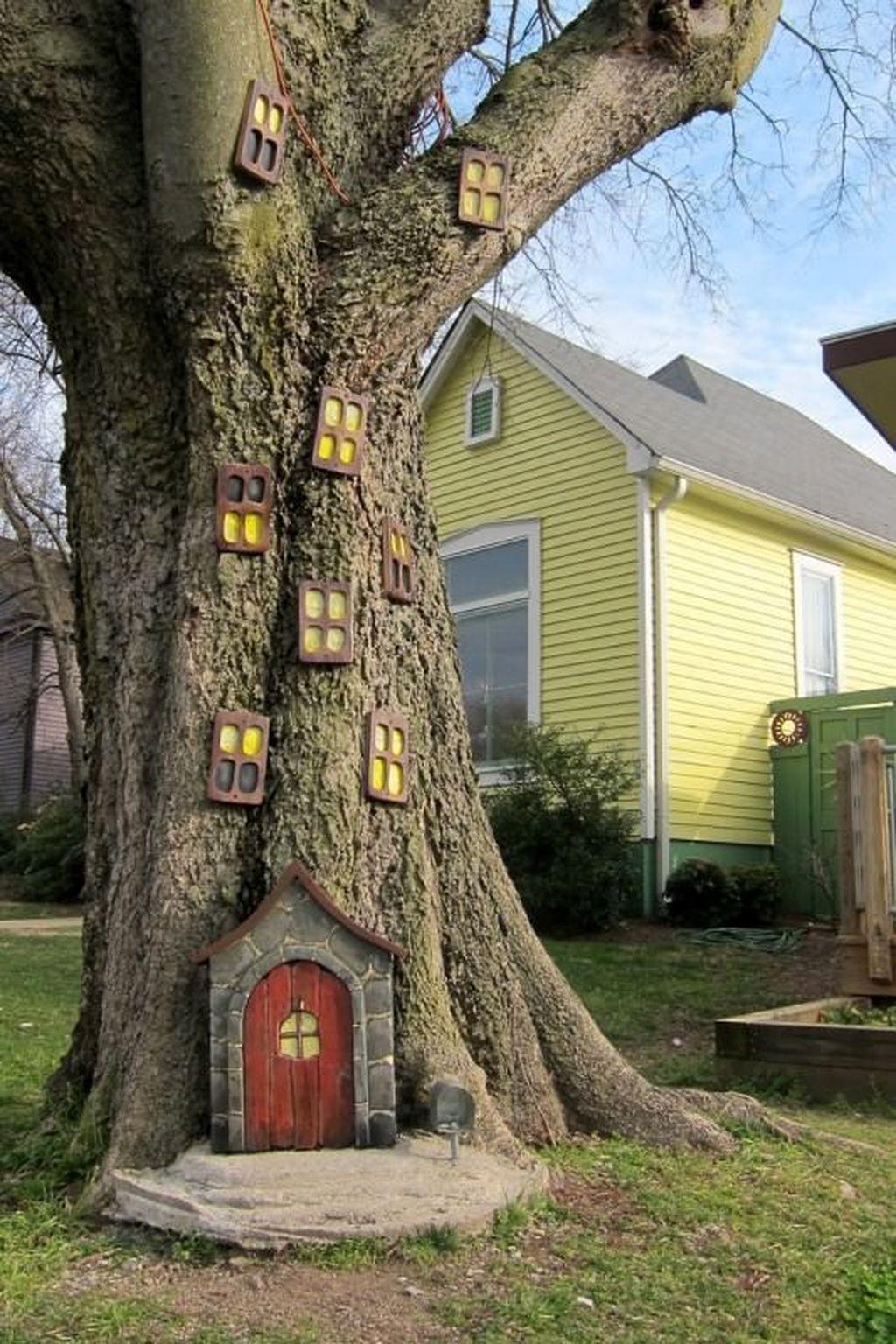 Creepy But Creative DIY Halloween Outdoor Decoration Ideas 02