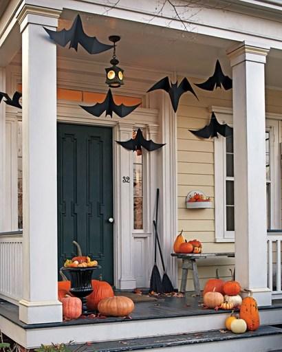 Creepy But Creative DIY Halloween Outdoor Decoration Ideas 38