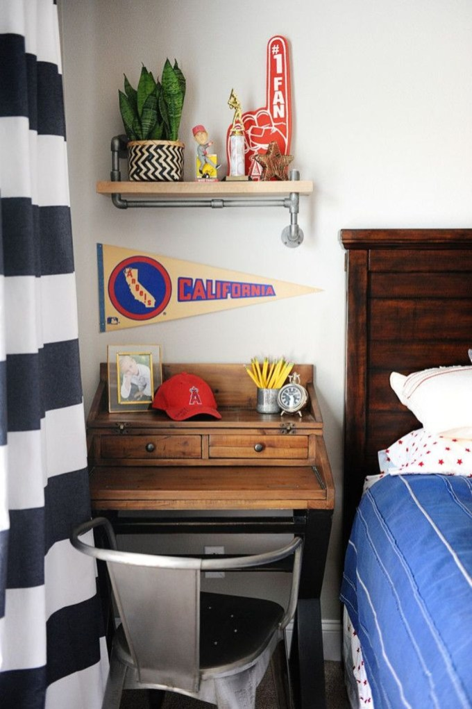 Cute Boys Bedroom Design Ideas For Small Space 55