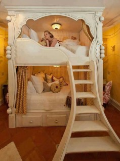 Elegant Teenage Girls Bedroom Decoration Ideas 11