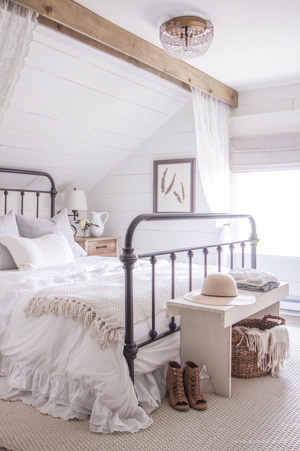 Gorgeous Vintage Master Bedroom Decoration Ideas 69