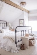 Gorgeous Vintage Master Bedroom Decoration Ideas 69