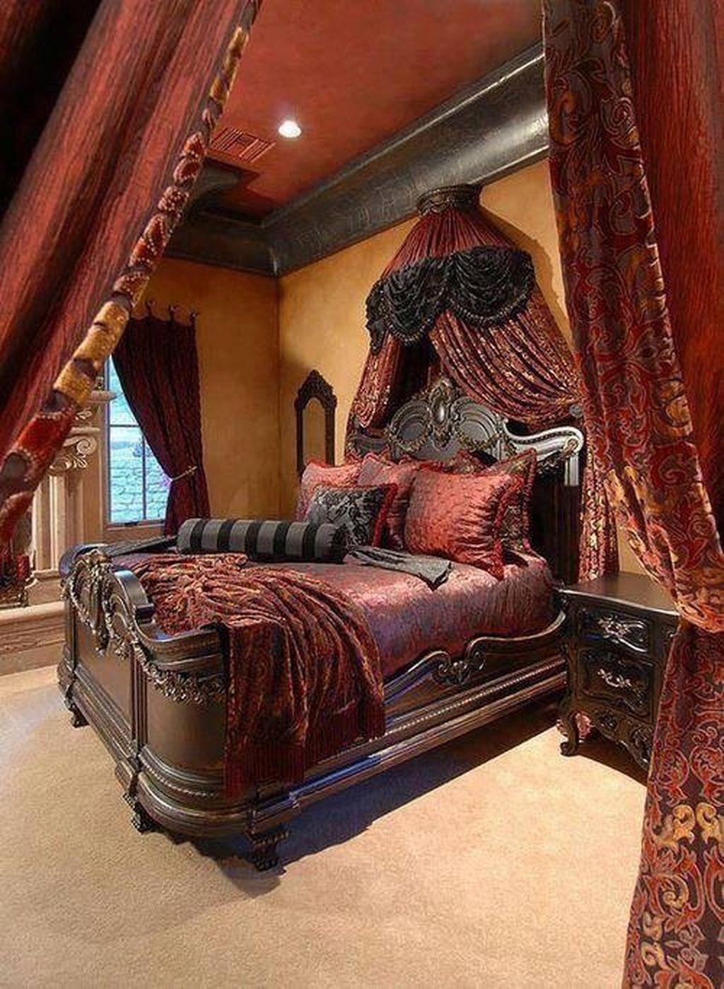 Gorgeous Vintage Master Bedroom Decoration Ideas 72