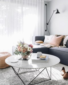 Incredible Industrial Farmhouse Coffee Table Ideas 08