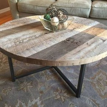 Incredible Industrial Farmhouse Coffee Table Ideas 38