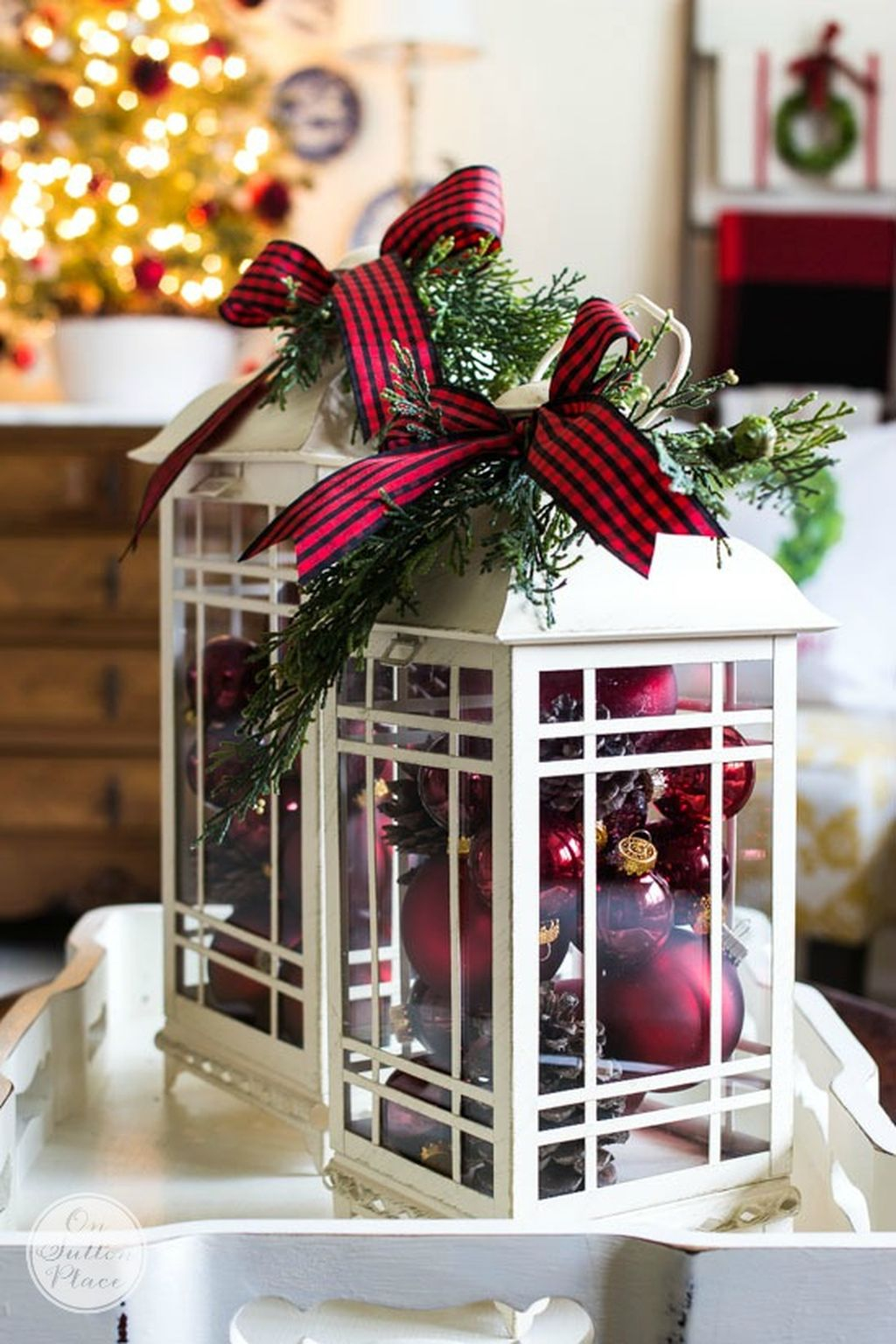 Incredible Rustic Farmhouse Christmas Decoration Ideas 31
