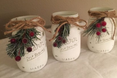 Incredible Rustic Farmhouse Christmas Decoration Ideas 43