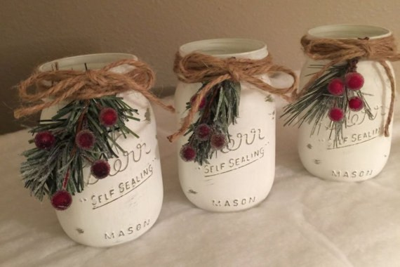 Incredible Rustic Farmhouse Christmas Decoration Ideas 43