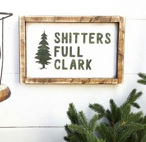 Incredible Rustic Farmhouse Christmas Decoration Ideas 58