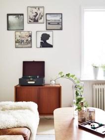 Inspiring Modern Wall Art Decoration Ideas 38