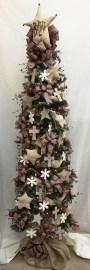 Inspiring Rustic Christmas Tree Decoration Ideas For Cheerful Day 17