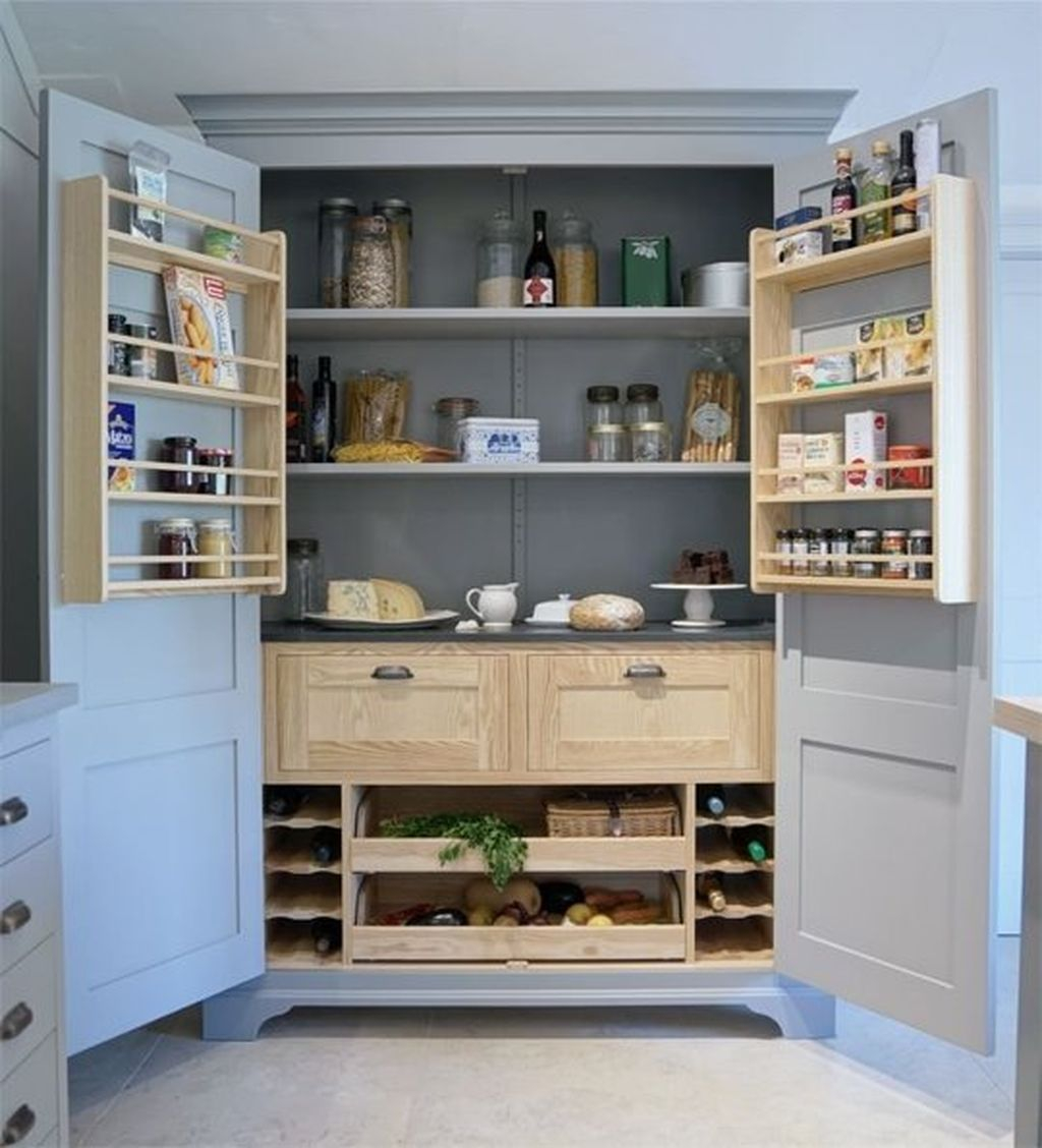 Inspiring Traditional Victorian Kitchen Remodel Ideas 08