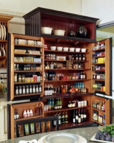 Inspiring Traditional Victorian Kitchen Remodel Ideas 38