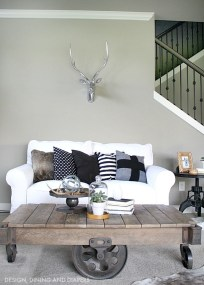 Modern Industrial Farmhouse Decoration Ideas 36