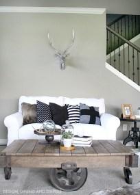 Modern Industrial Farmhouse Decoration Ideas 36