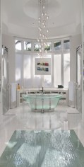 Romantic And Elegant Bathroom Design Ideas With Chandeliers 41