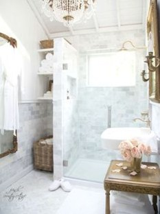 Romantic And Elegant Bathroom Design Ideas With Chandeliers 50
