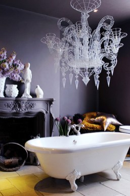 Romantic And Elegant Bathroom Design Ideas With Chandeliers 88