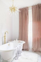 Romantic And Elegant Bathroom Design Ideas With Chandeliers 89