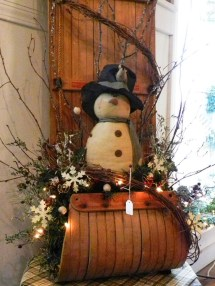 Simple But Beautiful Front Door Christmas Decoration Ideas 48