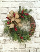 Simple But Beautiful Front Door Christmas Decoration Ideas 74