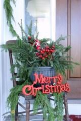 Totally Inspiring Christmas Porch Decoration Ideas 08