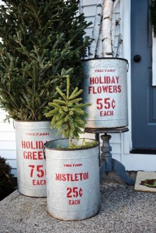 Totally Inspiring Christmas Porch Decoration Ideas 13