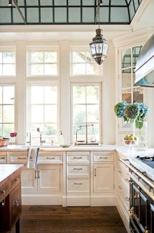 Totally Outstanding Traditional Kitchen Decoration Ideas 101