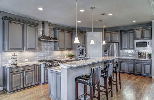 Totally Outstanding Traditional Kitchen Decoration Ideas 103