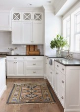 Totally Outstanding Traditional Kitchen Decoration Ideas 111